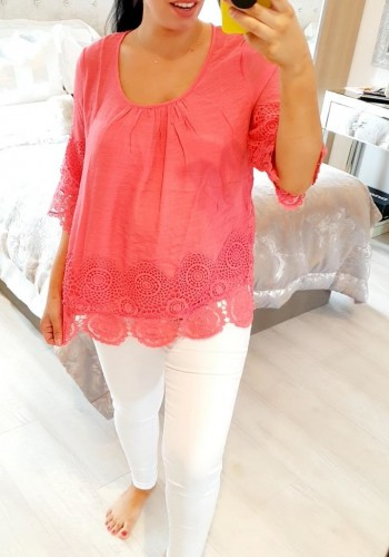 Yara Loose Fit Crochet Detailed Top