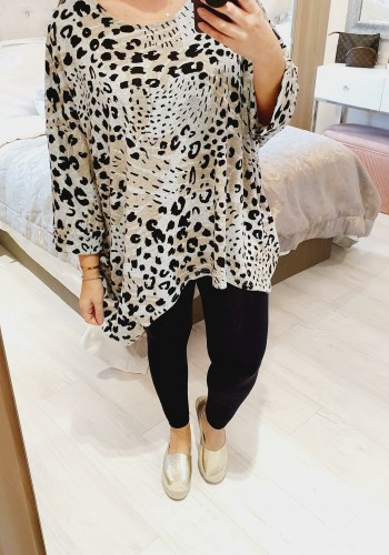 Vanetta Animal Print Super Soft Thin Knit Batwing Jumper