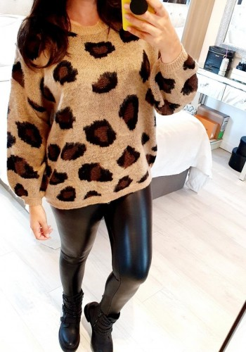 Tashy Tan Leopard Print Soft Oversized Jumper