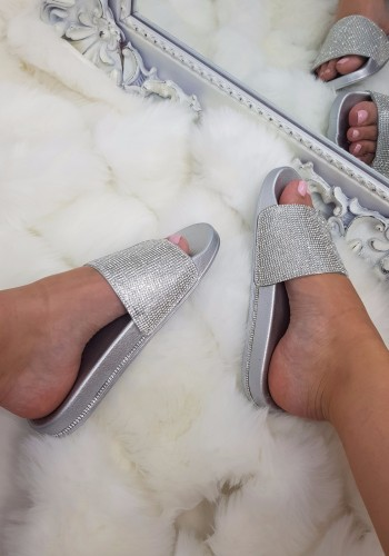 Leola Diamante Detail Sliders
