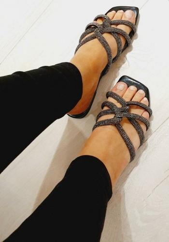 China Diamante Twist Detailed Sandals