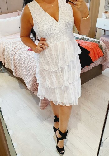 Darlahy Lace Tiered Detailed Crossover Midi Dress