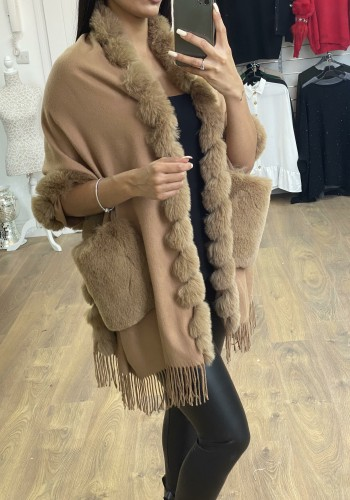 Havanna Faux Fur Knitted Tassel Wrap