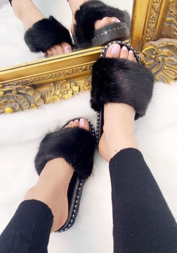 Lauder Faux Fur Sliders